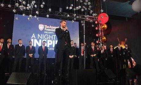 Soc khi mot bua an cung Arsene Wenger co gia hon… 700 trieu dong - Anh 3