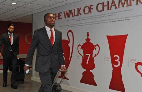 Dan sao Liverpool duoc chao don nhu nha vo dich truoc gio G - Anh 9