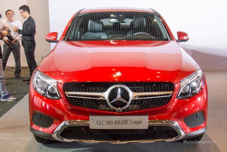 Can canh Mercedes-Benz GLC 300 4MATIC Coupe dau tien tai VN - Anh 3
