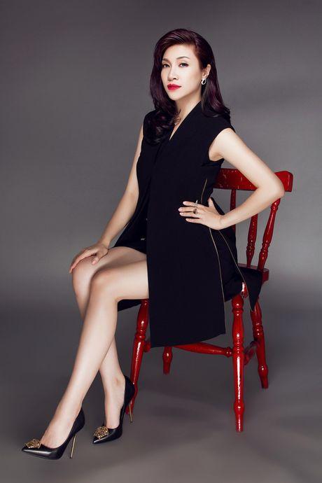 Angela Phuong Trinh, Huong Tram bi nhan tin 'ga tinh' va phan ung dang ne - Anh 10