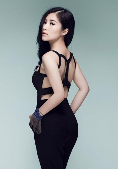 Angela Phuong Trinh, Huong Tram bi nhan tin 'ga tinh' va phan ung dang ne - Anh 11