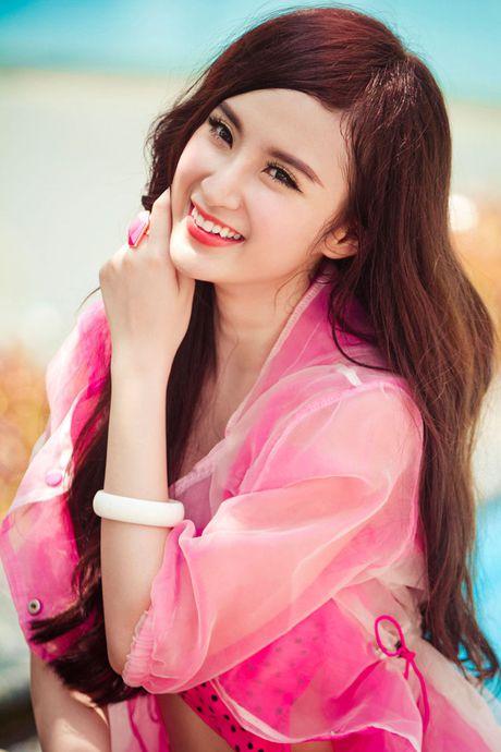 Angela Phuong Trinh, Huong Tram bi nhan tin 'ga tinh' va phan ung dang ne - Anh 4