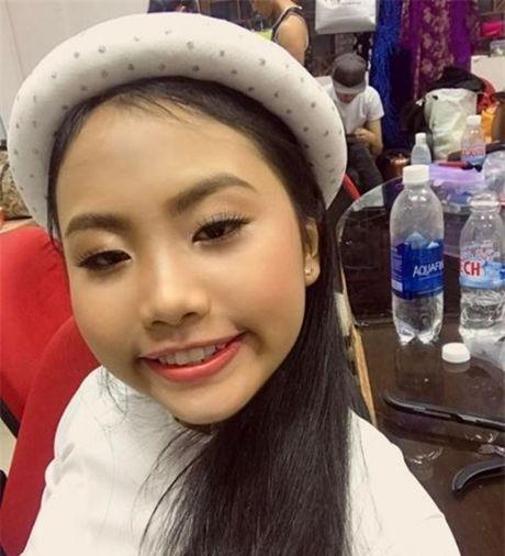 Phuong My Chi, Thien Nhan cung 14 tuoi: Ke bi che chin ep, nguoi duoc khen - Anh 9