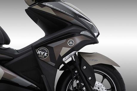 'Soi' Yamaha NVX 155 Camo moi gia 52,7 trieu tai VN - Anh 3