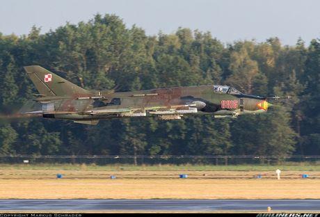 My ban roi may bay Syria: Su-22 chua tung danh thang tren khong - Anh 12