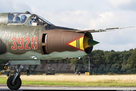 My ban roi may bay Syria: Su-22 chua tung danh thang tren khong - Anh 15