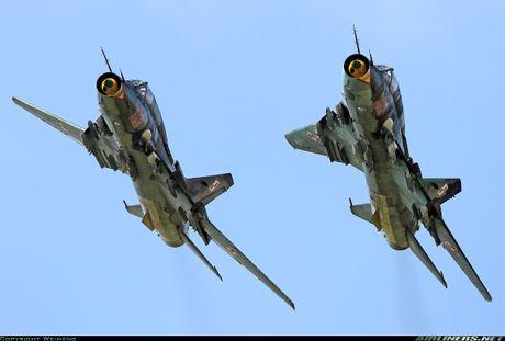 My ban roi may bay Syria: Su-22 chua tung danh thang tren khong - Anh 7
