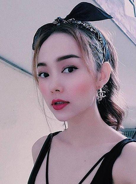 Dan sao Viet chung minh khan turban co the giup tang nhan sac - Anh 6