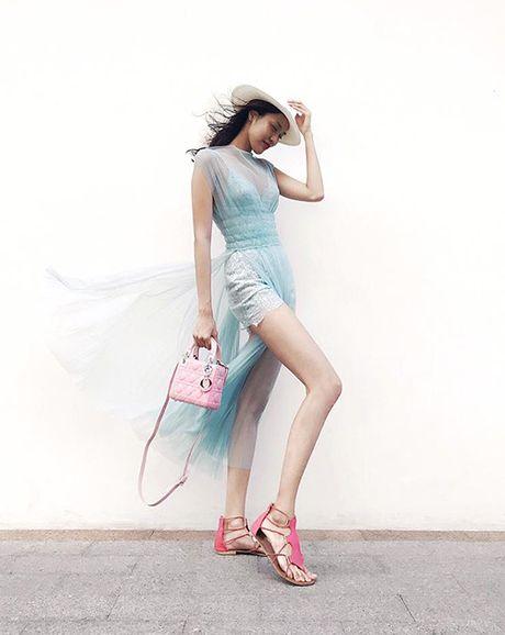 Street style ruc ro day mau sac cua sao, hot girl Viet tuan qua - Anh 4
