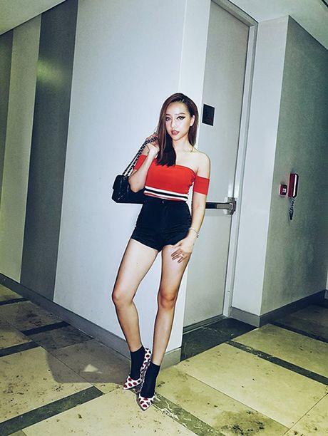 Street style ruc ro day mau sac cua sao, hot girl Viet tuan qua - Anh 5