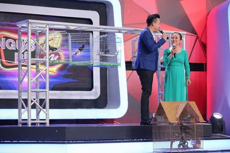 """Nguoi bi an 2017: Angela Phuong Trinh - Vo Canh hoang khi gap """"thanh nien cung"""" be sat bang yet hau - Anh 12"""