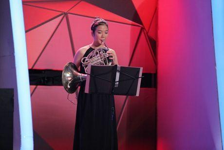 """Nguoi bi an 2017: Angela Phuong Trinh - Vo Canh hoang khi gap """"thanh nien cung"""" be sat bang yet hau - Anh 18"""