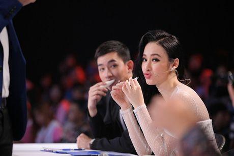 """Nguoi bi an 2017: Angela Phuong Trinh - Vo Canh hoang khi gap """"thanh nien cung"""" be sat bang yet hau - Anh 1"""