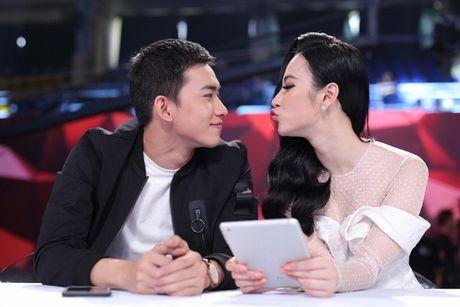 """Nguoi bi an 2017: Angela Phuong Trinh - Vo Canh hoang khi gap """"thanh nien cung"""" be sat bang yet hau - Anh 2"""