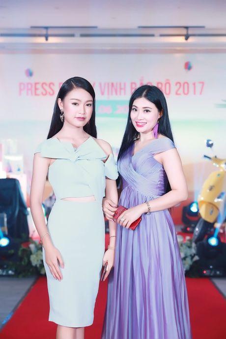 Thu Minh, Xuan Bac, Phan Anh… 'quay' tung bung trong su kien - Anh 15