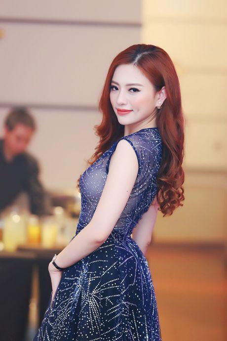 Thu Minh, Xuan Bac, Phan Anh… 'quay' tung bung trong su kien - Anh 16