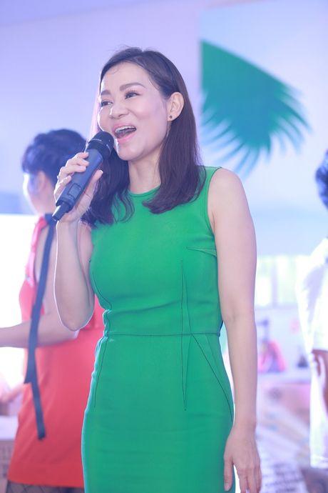 Thu Minh, Xuan Bac, Phan Anh… 'quay' tung bung trong su kien - Anh 3