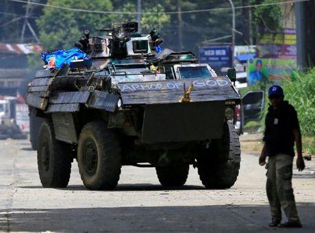Philippines can nhac mua truc thang tan cong, vu khi thong minh cua Nga - Anh 4