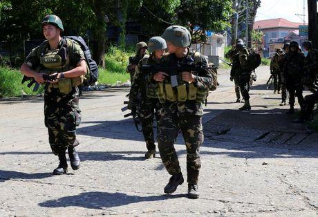 Philippines can nhac mua truc thang tan cong, vu khi thong minh cua Nga - Anh 5