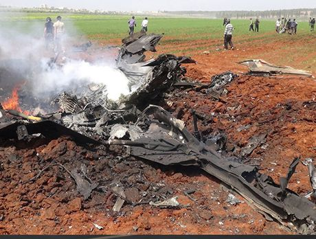 Nga duong S-400, san sang ban ha may bay My tren bau troi Syria - Anh 3