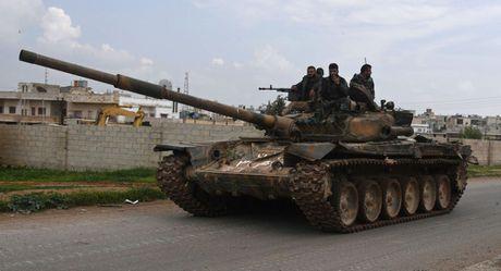 Quan doi Syria giai phong thanh pho Rasaf va 20 lang o Raqqa - Anh 1