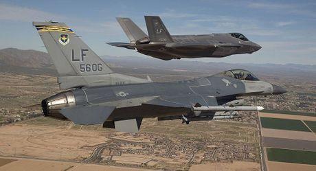 Lockheed Martin ban tiem kich F-35 cho 11 quoc gia tri gia 37 ty USD - Anh 1