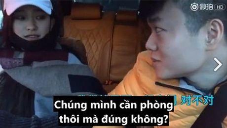 Thu nguoi yeu bang tien, chi 10 phut cham chan, chang trai nay se an han ca doi - Anh 14