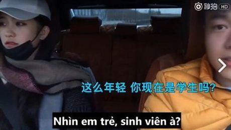 Thu nguoi yeu bang tien, chi 10 phut cham chan, chang trai nay se an han ca doi - Anh 4