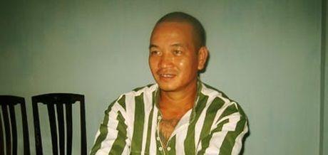 Trong trai giam, Hai 'Banh' tho lo: Doi giang ho chi phuc rieng Khanh 'Trang' - Anh 1