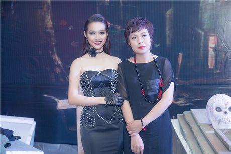 Nha san xuat dap tra tin don Diep Bao Ngoc bi cat vai vi khong chiu dong canh nong - Anh 1