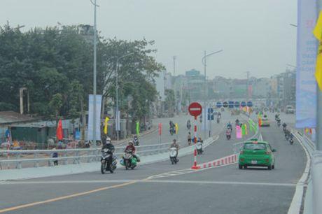 Ha Noi: Sap co cau vuot tai nut giao An Duong – duong Thanh Nien - Anh 1