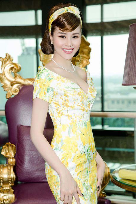 Hoa hau Sella Truong xinh dep dien thoi trang thap nien 70 - Anh 5
