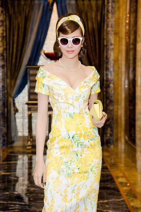 Hoa hau Sella Truong xinh dep dien thoi trang thap nien 70 - Anh 6