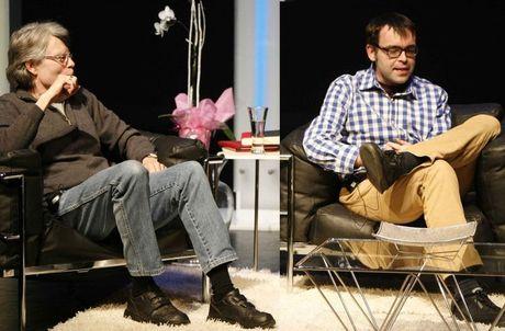 Stephen King lan dau viet sach cung con trai - Anh 1