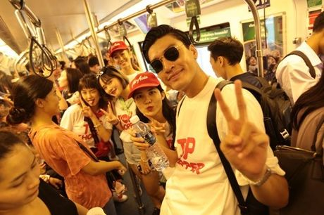 Quang Dai, Sa Lim di du lich quay tung bung o Thai Lan - Anh 4