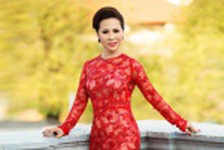 Nu hoang Kim Chi voi nghe thuat thuyet trinh thu hut tai Hoa hau Asean 2017 - Anh 11