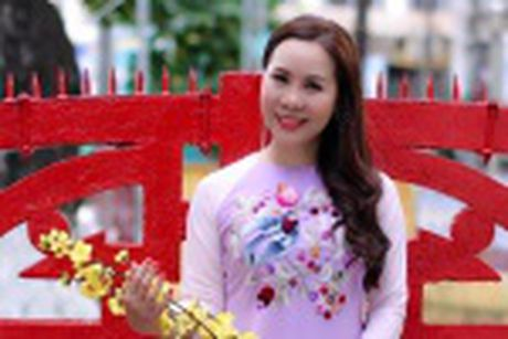 Nu hoang Kim Chi voi nghe thuat thuyet trinh thu hut tai Hoa hau Asean 2017 - Anh 8