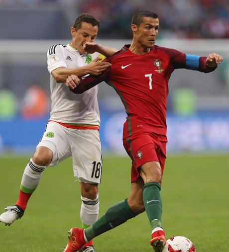 Florentino Perez: 'Ronaldo dang rat tuc gian voi bao chi' - Anh 9