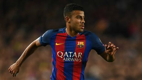 Chuyen nhuong 20/6: MU vo mong mua Ronaldo, Arsenal nham sao Barca - Anh 6