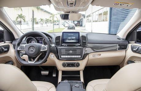 Mercedes-AMG GLE 43 4MATIC Coupe ra mat tai Viet Nam - Anh 5