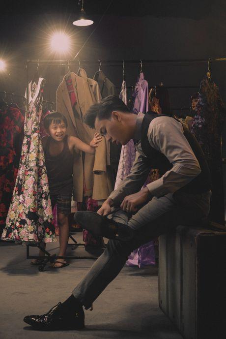 Le Quyen, Hoai Lam xuat hien thu vi trong trailer liveshow bolero 10 ty cua Mr Dam - Anh 7