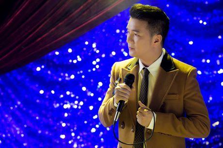 Le Quyen, Hoai Lam xuat hien thu vi trong trailer liveshow bolero 10 ty cua Mr Dam - Anh 9