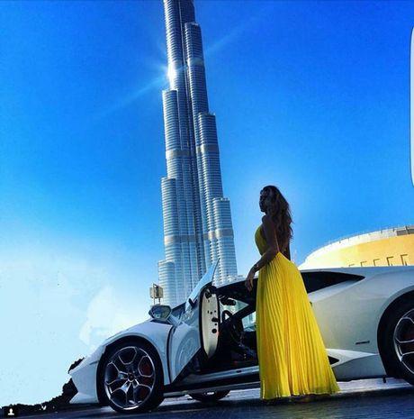 Dang cap tieu tien cua 'Hoi con nha giau Dubai' - Anh 3