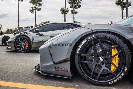Bo doi sieu xe Lamborghini va Ferrari 30 ty tai Sai Gon - Anh 8