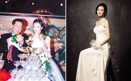 """Ngoi sao 24/7: It ai biet Tinh Nhi """"Hoan Chau cach cach"""" tung bi chong con coi thuong - Anh 2"""