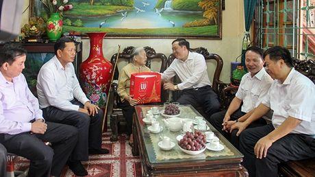 Chanh an TANDTC Nguyen Hoa Binh lam viec tai tinh Son La - Anh 2