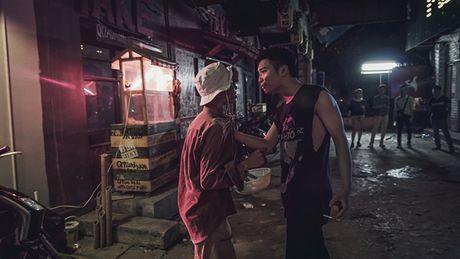 Thuong thuc MV 'tam trang dan ong tuoi 30' cua nhom Da LAB - Anh 2