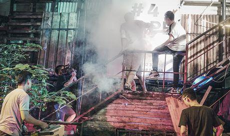 Thuong thuc MV 'tam trang dan ong tuoi 30' cua nhom Da LAB - Anh 4