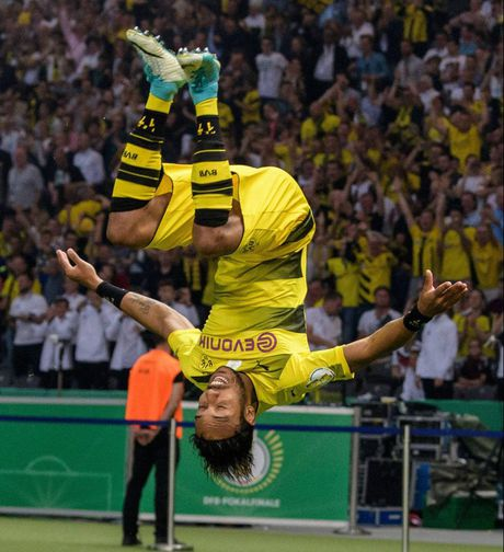 CAP NHAT toi 17/7: Morata con cua den M.U. PSG chi 150 trieu mua Asensio. Dortmund se ban Aubameyang - Anh 5