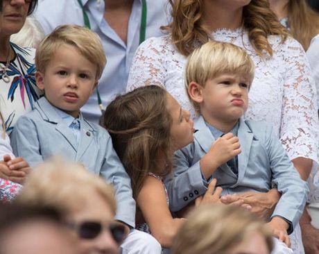 Federer la ong bo mau muc, cham lam viec nha, khong lam duoc thi nho... huan luyen vien - Anh 3